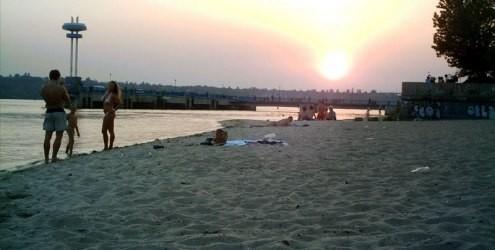 Запорожские пляжи готовятся к открытию сезона